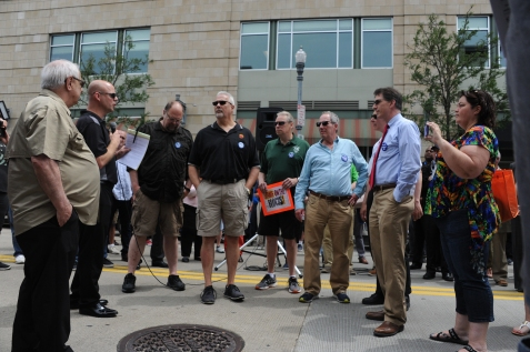 Darrin Kelly, President of the Allegheny/Fayette Central Labor Council, AFL-CIO recognizes Guild Leaders at the ​rally along North Shore Drive in front of the offices of the Pittsburgh Post-Gazette, Friday​,​ June 7, 2019, to support the Newspaper Guild of Pittsburgh and other PG Unions.​ (Kurt Weber)​